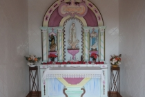 Im Inneren der kleinen Kapelle