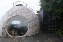 Interessante Bauweise der Cella Bar in Madalena
