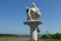 Steinfiguren am Wegesrand