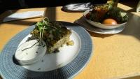 Gemüselasagne mit Salat - meine Mittagessen im Gelben Krokodil