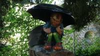 Der Schirm war wohl als Sonnenschutz gedacht!