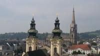 Türme von verschiedenen Kirchen