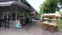 Marktstände am Südbahnhof Markt