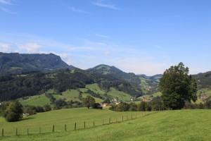 Hügelige Landschaft am Knappenweg